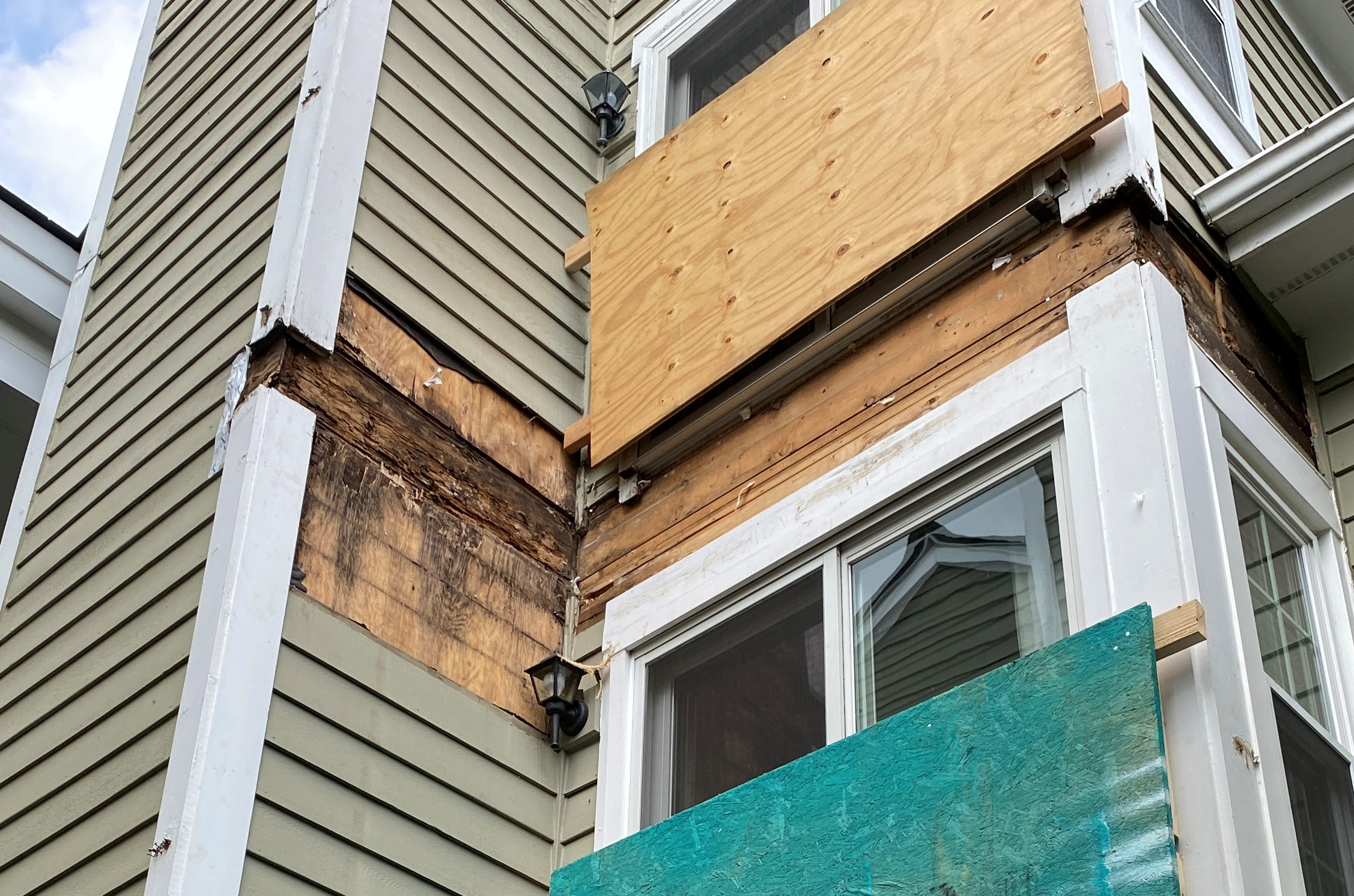 The Importance of Flashing Your Wood Balcony